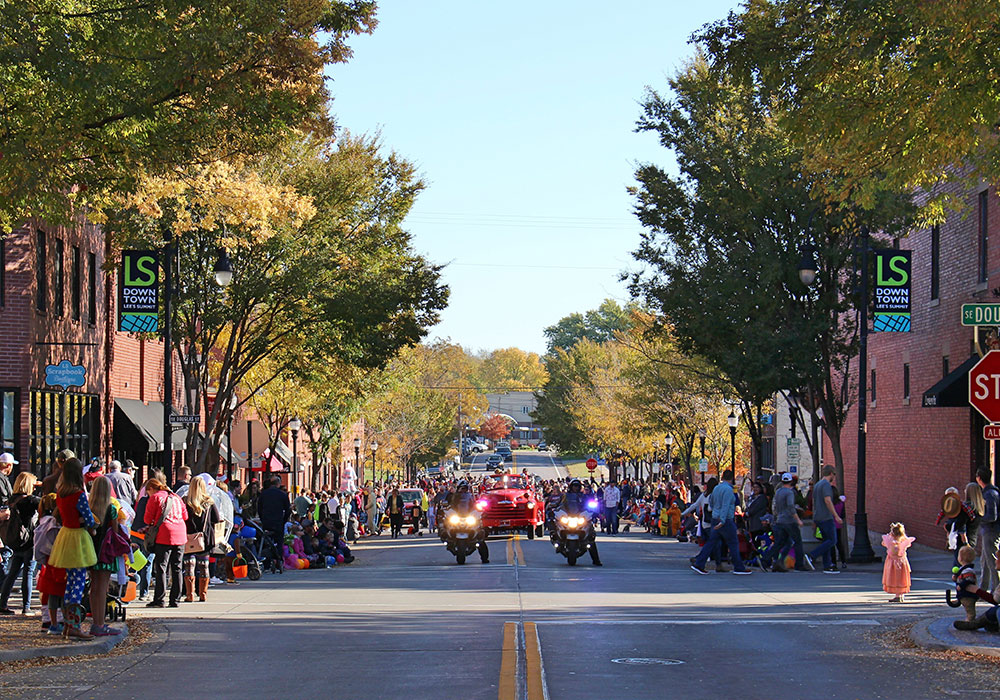 Downtown Lee's Summit Halloween Parade. Photo courtesy Downtown Lee's Summit Main Street, Inc.