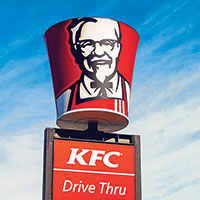 Minneapolis becomes the first large American city to ban new drive-throughs.