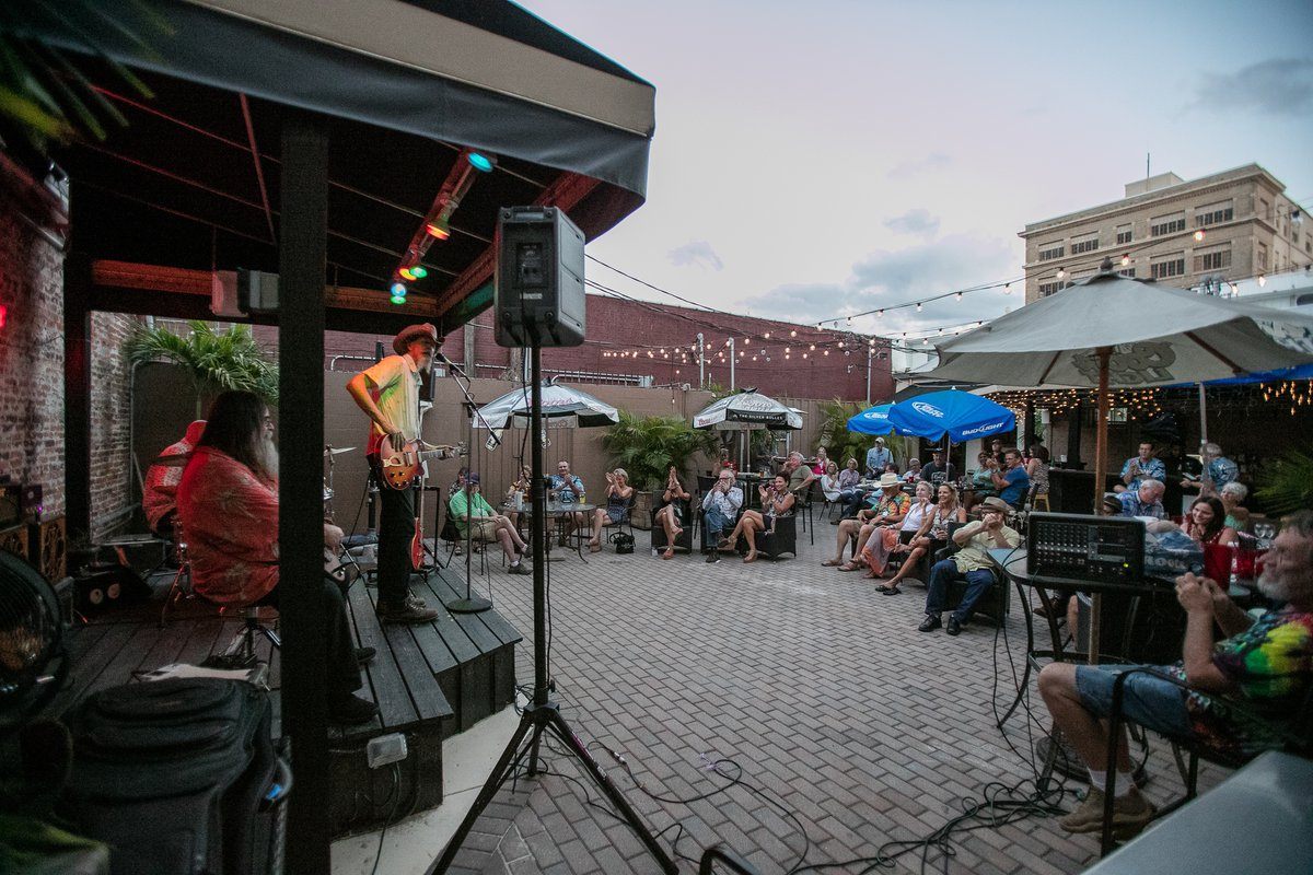 Downtown Winter Haven - concert